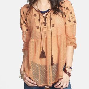 NWT FREE PEOPLE Roses are Red Lace Up Peasant Top